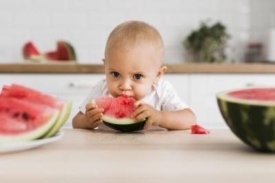 Les morceaux pour bébé : quand et comment procéder ?